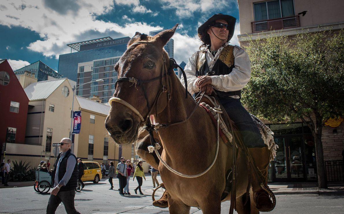 Austin, Texas El festival South By Southwest, que se celebra cada año en Austin, Texas, puede estar ...
