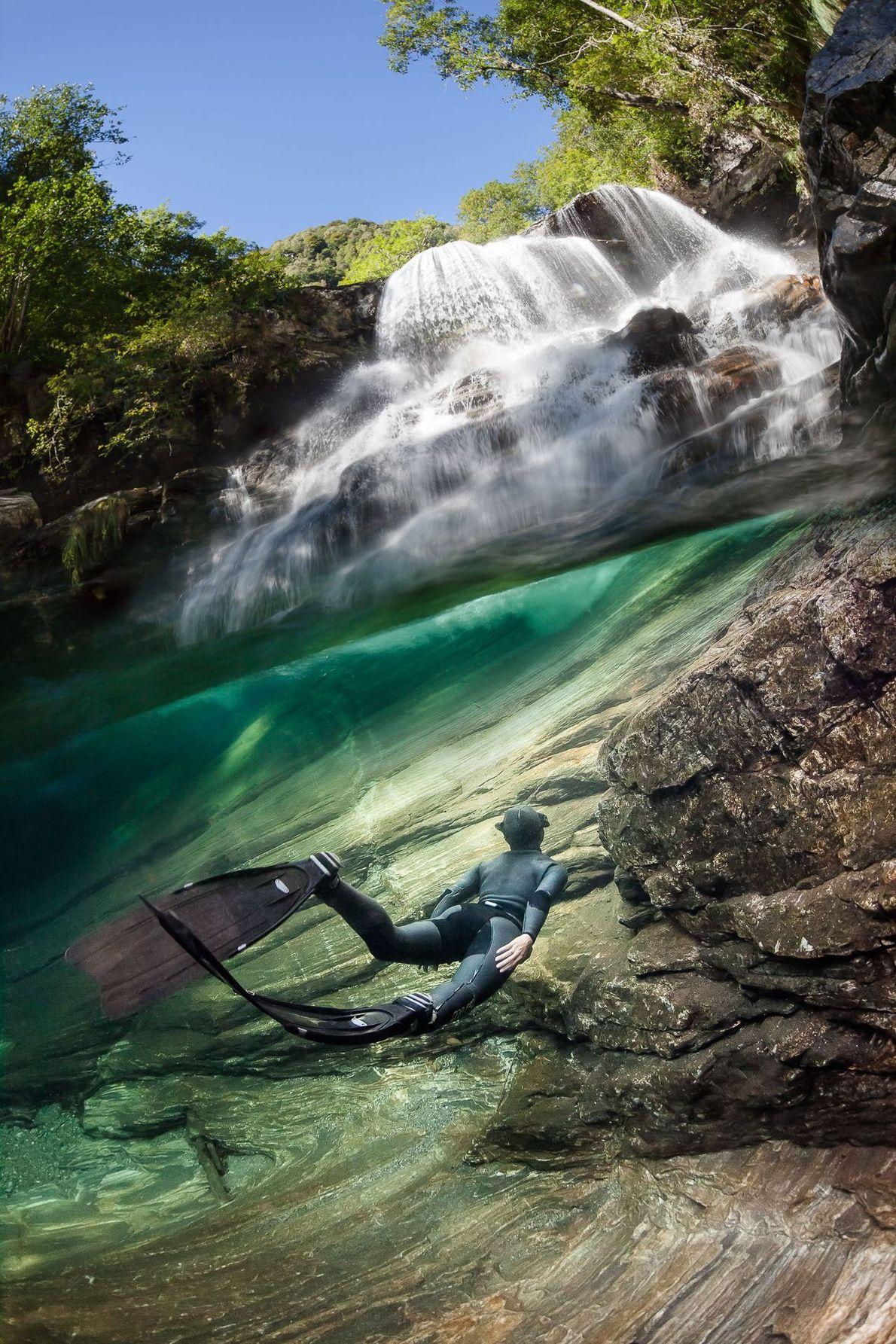 Después de una caminata de dos horas, Henauer llegó a esta cascada a lo largo del ...